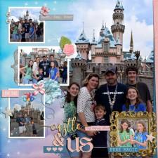 Disney2016_Castle_Us.jpg