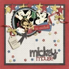 WDW87_MickeyHug_SM.jpg