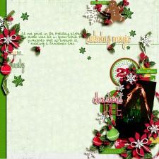 Disney-Christmas-Fireworks-CastleTree-Web.jpg