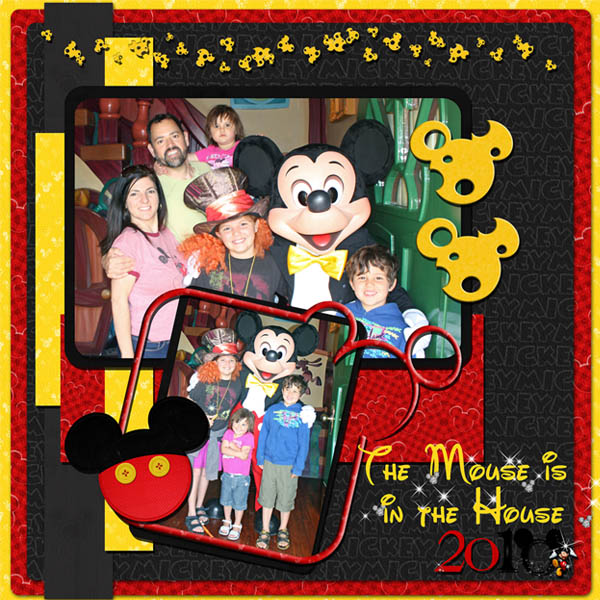 Disneyland_2010_The_Mouse_is_in_the_House_mousescrappers