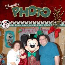 Christmas-Mickey.jpg